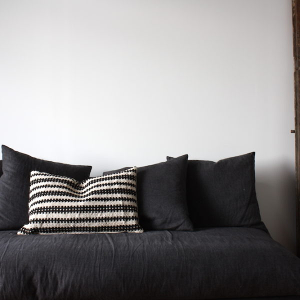 hungarian cushion